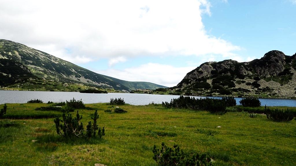 От другата страна на Попово езеро, където винаги вали :))) (но не и този път)