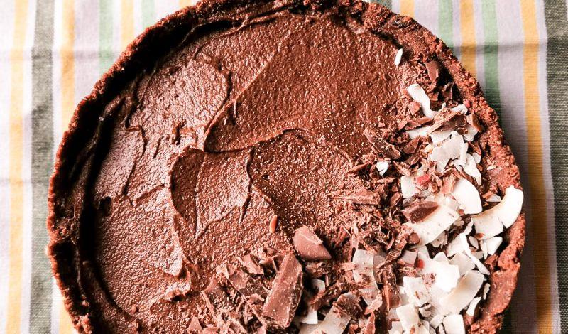 Raw avocado chocolate cake